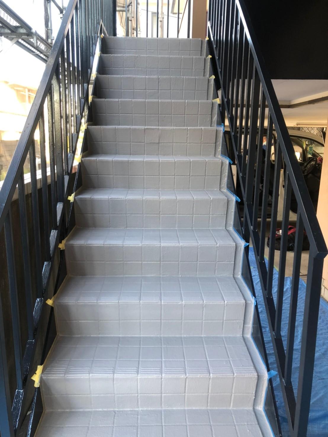 鉄骨階段の塗装